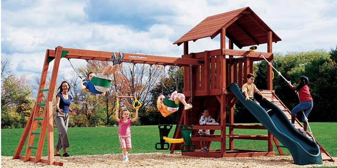 Crescent Swing Set